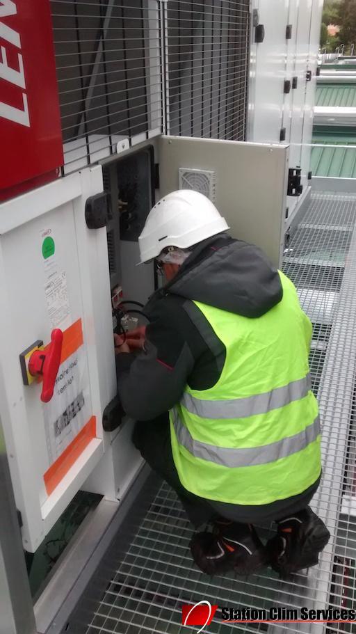 technicien-certifié-climatisation-lennox-rhône